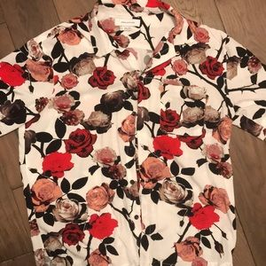 Other - Floral button up shirt size small